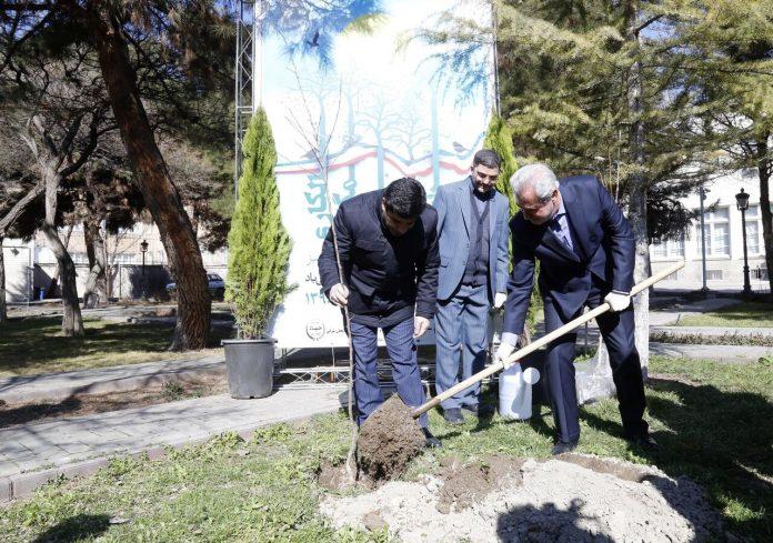 تاکید استاندار آذربایجانشرقی در روز درختکاری بر افزایش فضای سبز