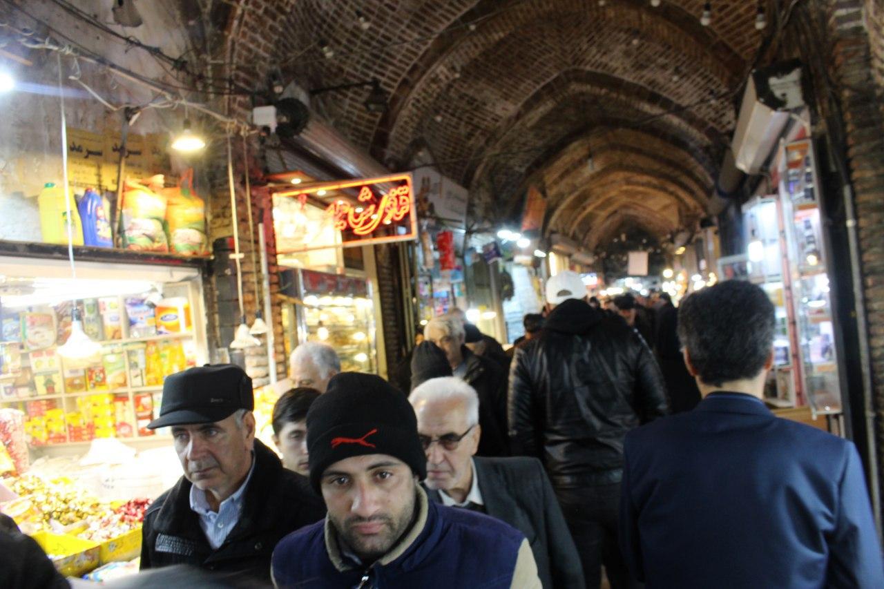 آخرین تکاپوهای مردم تبریز برای سفره شب یلدا