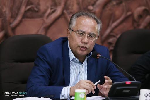 شهرداری نسبت به آسفالت اساسی شهر اقدام کند