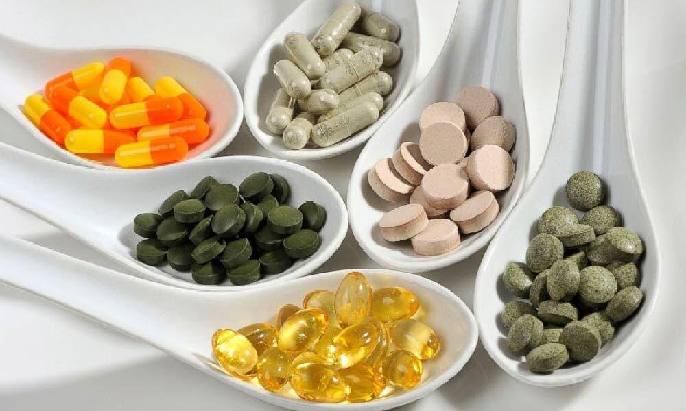 هشدار متخصصان نسبت به مصرف بیرویه مکملها برای پیشگیری از کرونا