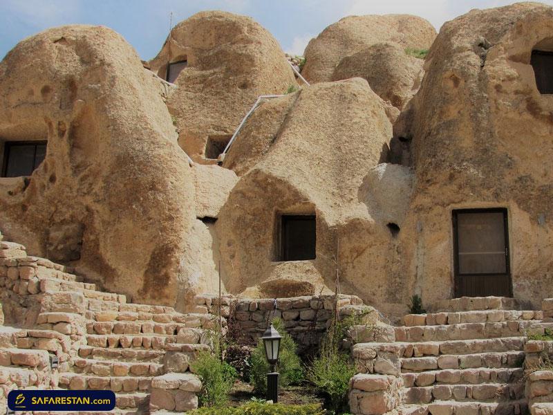 معماری صخرهای خاص و عجیب روستای تاریخی «کندوان»