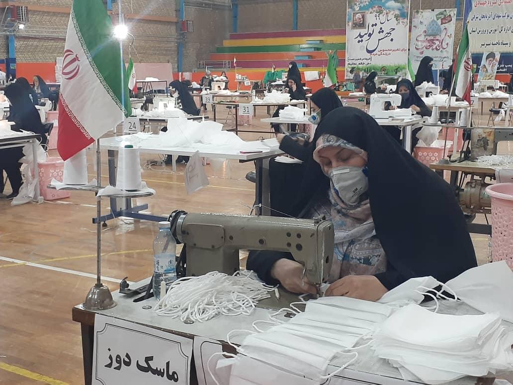 کارگاه تولید ماسک و لباس بیمارستانی موکب شهدای آذربایجان