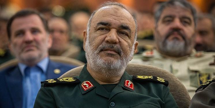 سرلشکر سلامی: ارتش و سپاه در تقویت بازدارندگی و اقتدار کشور لحظهای درنگ نخواهند کرد