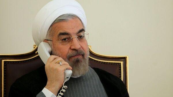 روحانی: هر چه بیشتر باید از خام فروشی نفت فاصله بگیریم