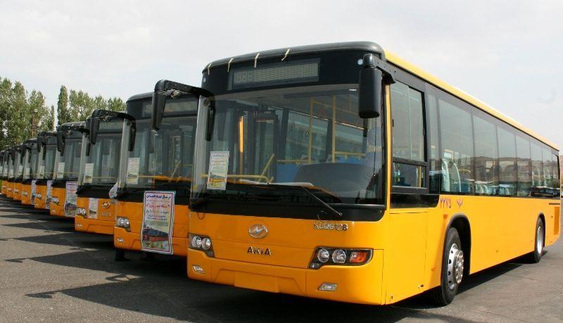 اتوبوسها در تبریز با رعایت پروتکلهای بهداشتی فعالیت میکنند