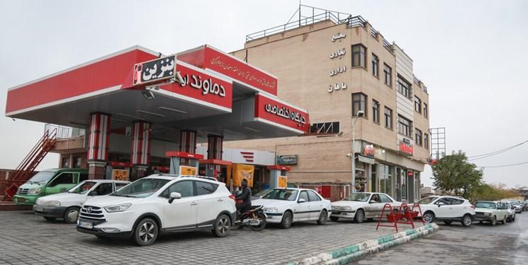 دستور زنگنه برای واگذاری انبارداری و توزیع بنزین و نفتگاز به بخش خصوصی صادر شد