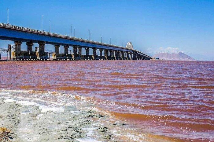 تراز دریاچه ارومیه در مسیر صعود به ۱۲۷۲ متر