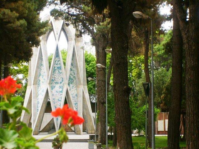 """زادروز ریاضیدان ایرانی که """"دم"""" را غنیمت میشمرد"""