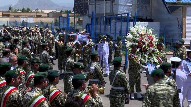 ورود پیکر مطهر شهید حادثه شناور کنارک به تبریز