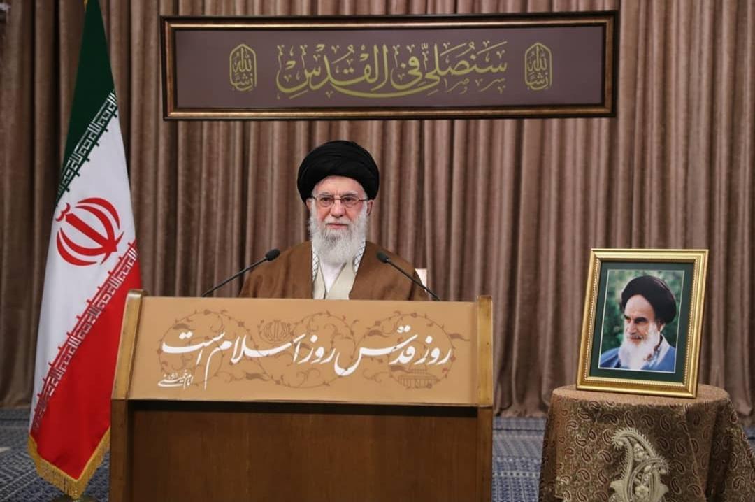 سیاست عمدهی استکبار و صهیونیسم، کمرنگ کردن مسئلهی فلسطین در ذهنیّت جوامع مسلماناست