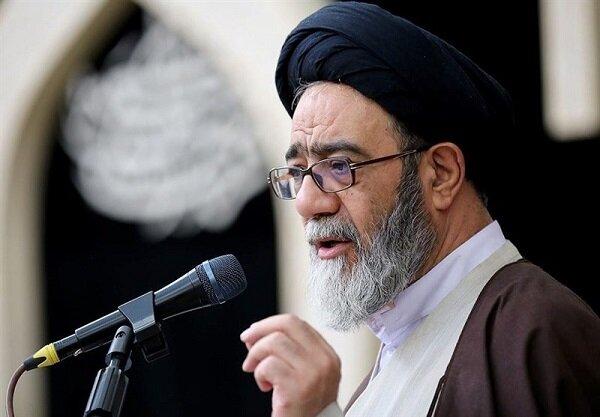 امام جمعه تبریز با صدور پیامی انتصاب ریاست مجلس یازدهم را تبریک گفت