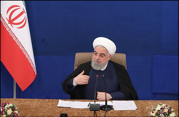 کارنامه خوب یکصد روزه کادر درمانی و ملت ایران در مبارزه با بیماری کرونا در تاریخ می ماند