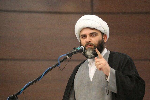 حجت الاسلام قمی: فضای مجازی رها شده است/ کل بودجه فرهنگی هزینه ساخت 300 کیلومتر بزرگراه است