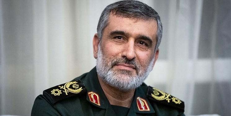 سردار حاجیزاده: روحیه جهادی عامل اصلی پیشرفت و خودکفایی صنعت موشکی است