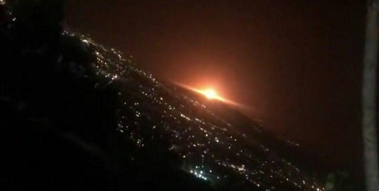 مشاهده نور نارنجی در شرق تهران| یک مخزن گاز صنعتی در محل خالی از سکنه منفجر شد