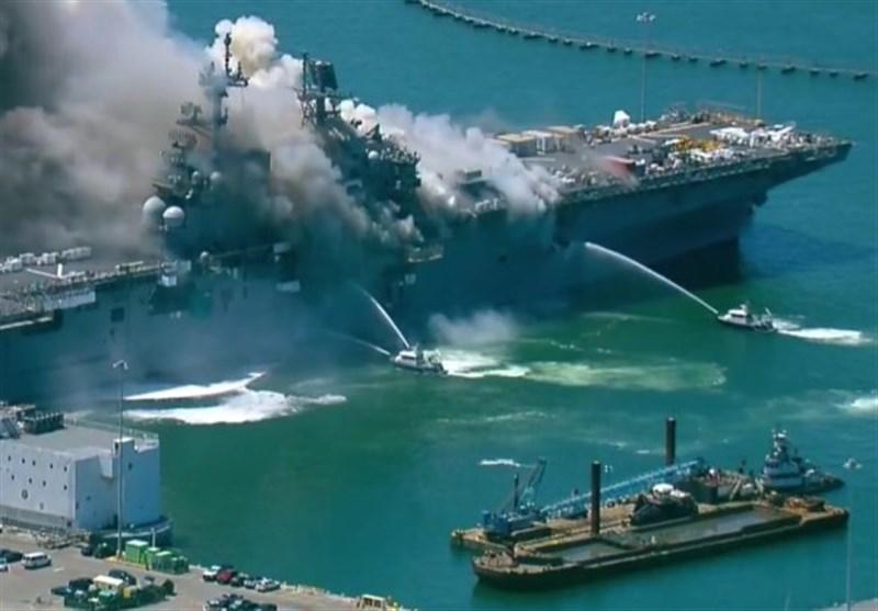 فیلم| انفجار و آتشسوزی در کشتی جنگی نیروی دریایی آمریکا در بندر سن دیگو
