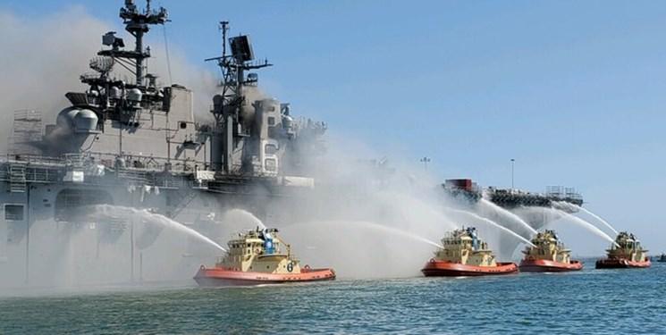 احتمال تداوم چندروزه آتشسوزی در کشتی جنگی آمریکا/تعداد زخمیها به ۵۷ نفر رسید