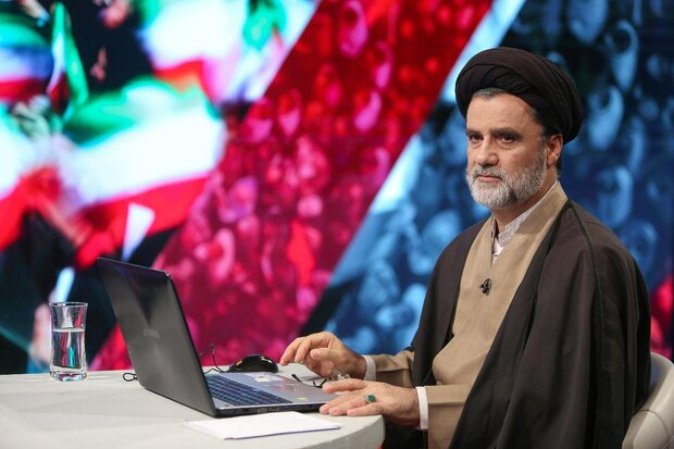 نبویان: برجام برای ما خسارت محض بود/ دولت دست از دیپلماسی التماسی بردارد