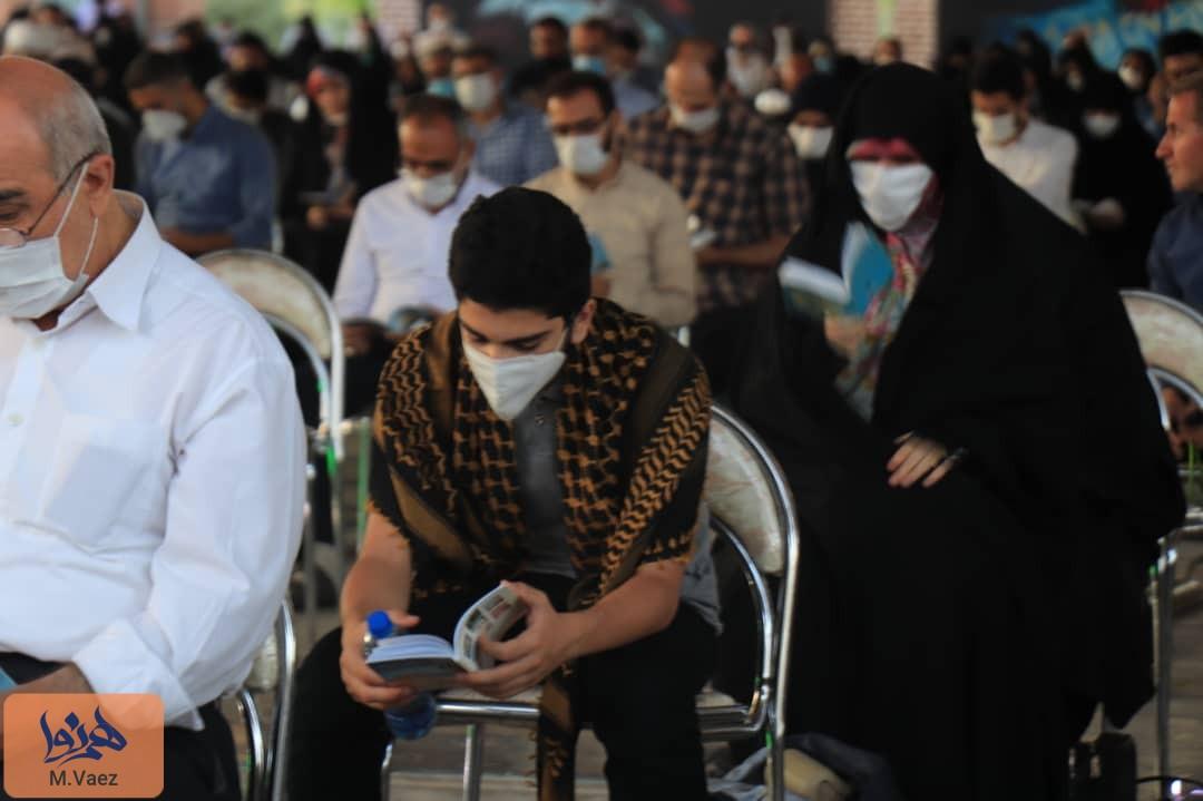 مراسم دعای ندبه در جوار شهدای تبریز در عید قربان