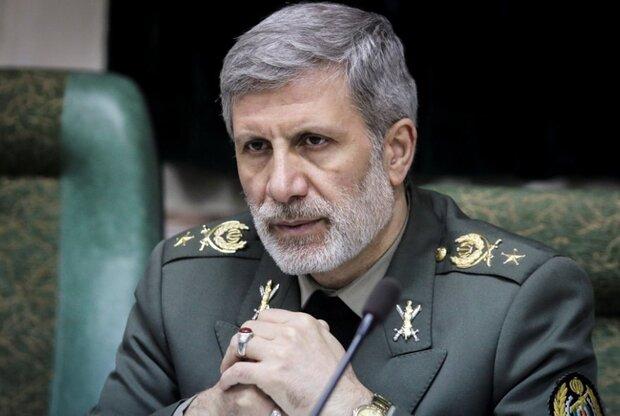 وزیر دفاع: دشمنان به دنبال نهادینه کردن ناامنی در منطقه بودند