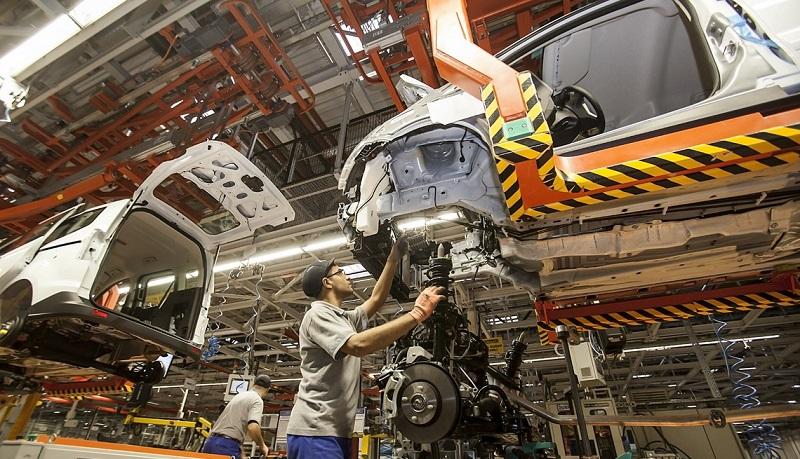 شکوفایی صنعت خودروسازی ایران بهرغم رکود جهانی ناشی از کرونا