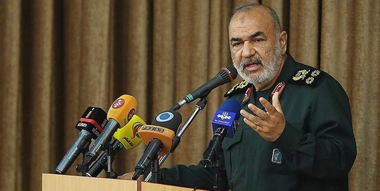 سرلشکر سلامی: جهاد در سپاه بیوقفه و غیرمنقطع جاری است/ زبان سپاه زبان اسلام و انقلاب است