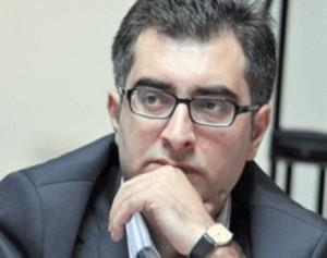 مناقشه جمهوری آذربایجان و ارمنستان نباید ماهیت قومی به خود بگیرد/ باکو در نزدیکی به ترکیه مراقب باشد