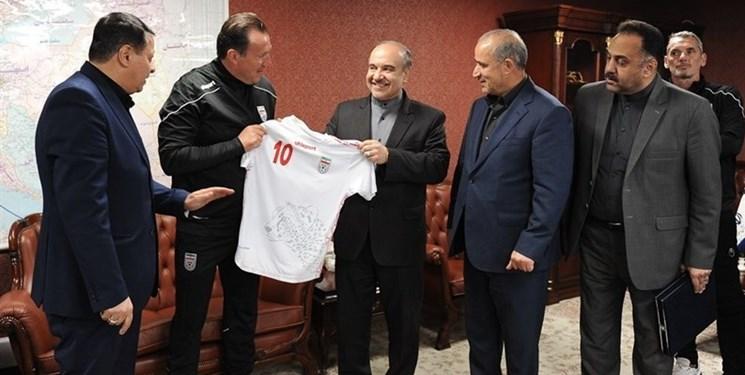 سلطانیفر و مدیران فدراسیون فوتبال درباره قرارداد ویلموتس به کمیسیون اصل ۹۰ فراخوانده شدند
