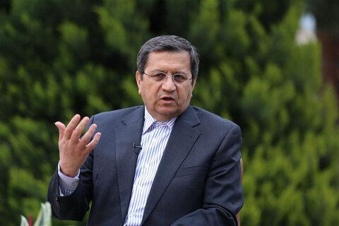 همتی: حدود ۱۵ میلیارد دلار برای واردات تأمین ارز داشتیم