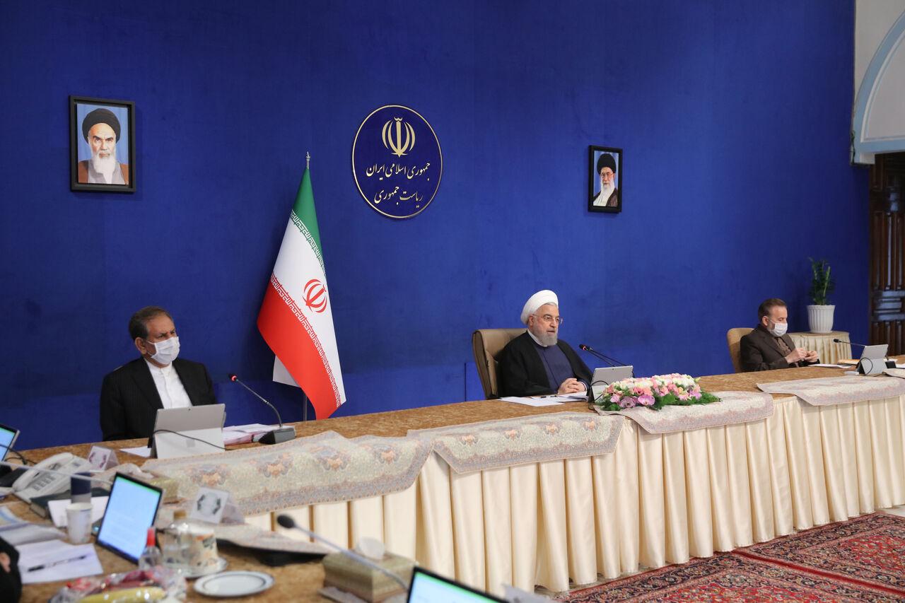 روحانی: مسئولان بورس از سرمایههای مردم مراقبت کنند