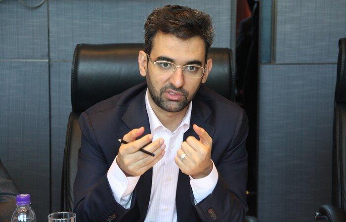 آذریجهرمی: سایتهای قمار در فضای مجازی تعطیل میشوند