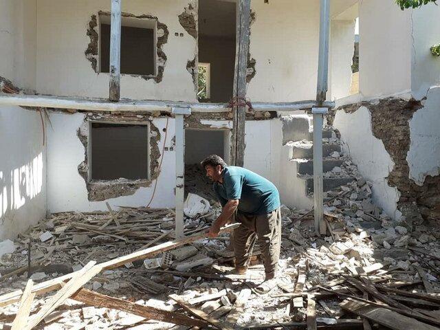 روایت زلزلهزدههایی که با ۵ ریشتر بیخانمان شدهاند