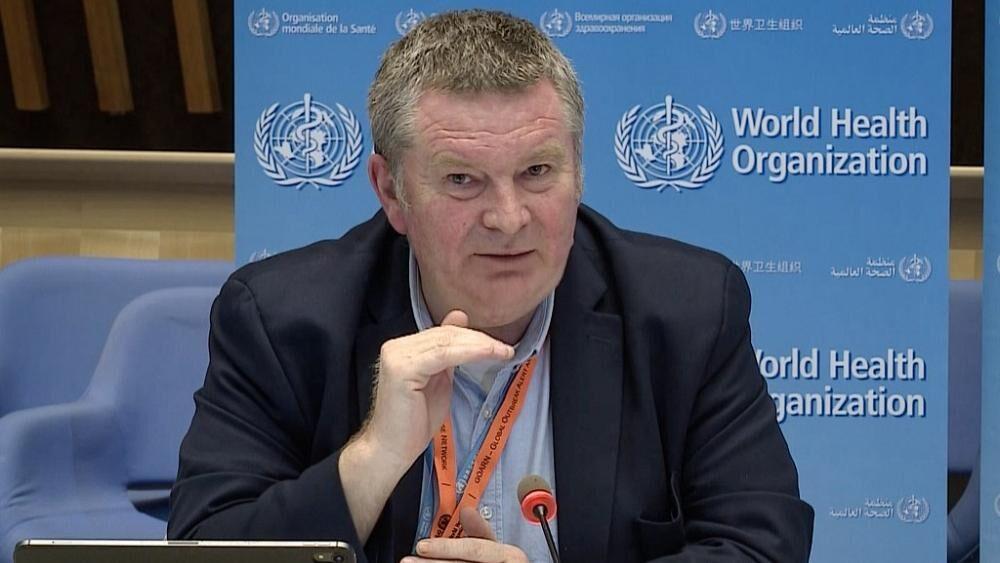 سازمان جهانی بهداشت: کووید – ۱۹ را به فوتبال سیاسی تبدیل نکنید