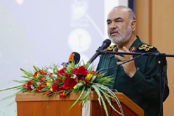 خلیج فارس پیشانی مستحکم دفاعی ایران اسلامی است