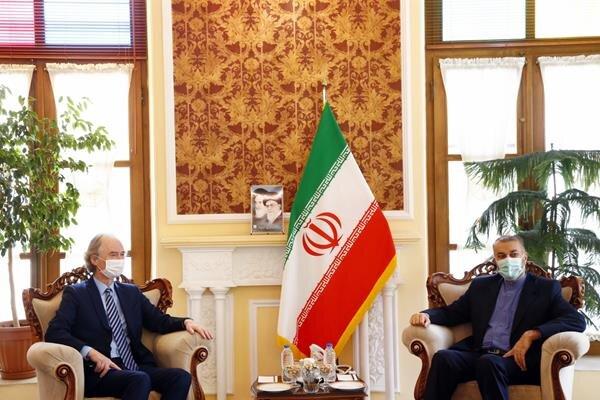 امیرعبداللهیان: ایران با قدرت از سوریه در منطقه دفاع میکند