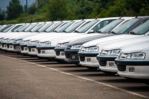 تداوم روند کاهشی قیمت خودرو/ نمایشگاههای خودرودوهفته تعطیل هستند
