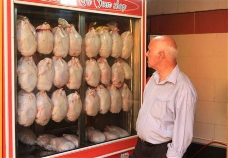 مرغ قیمت ۴۰هزار تومان را هم دید/مرغداران: ما هم راضی به این قیمت نیستیم؛ دلالها گران کردند