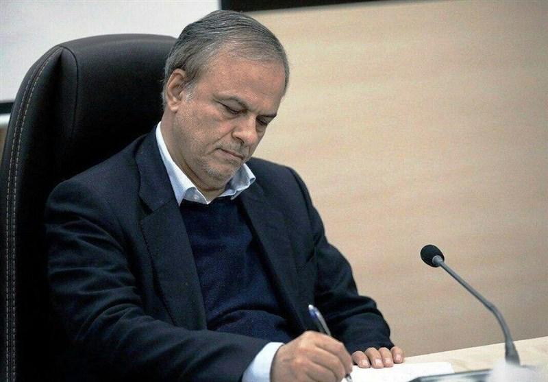 مکاتبه انتقادی رزم حسینی با رییس جمهور در خصوص بخشنامه ارزی بانک مرکزی+سند