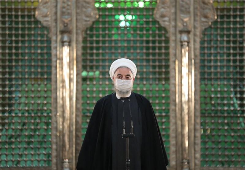 روحانی: ۱۲بهمن سال ۵۷ «یوم الخمینی» است/ امام حاکمیت اسلام را با حکومت مردم تلفیق کرد