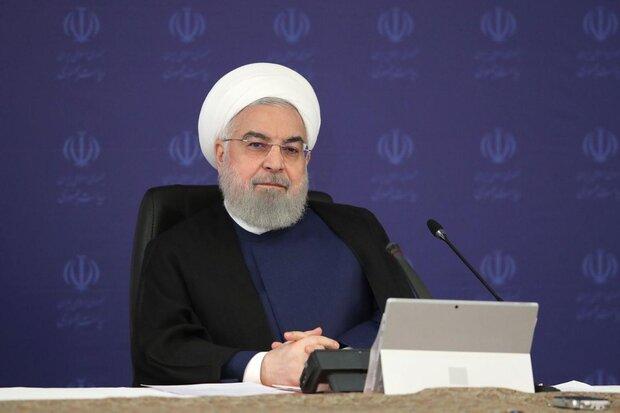 روحانی: قرمز شدن چند شهر، زنگ خطر آغاز موج چهارم کرونا است