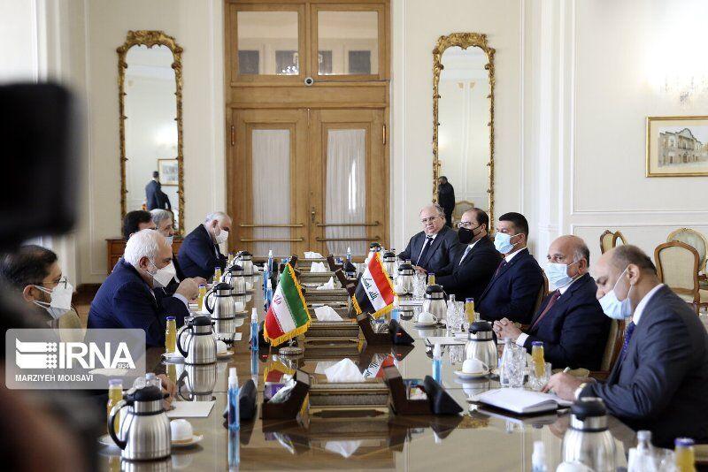 ظریف: حملات و اتفاقات در داخل عراق مشکوک است