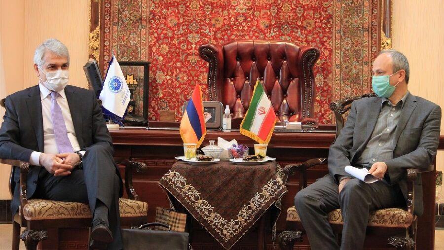 ارمنستان علاقهمند به واردات طیور از ایران است