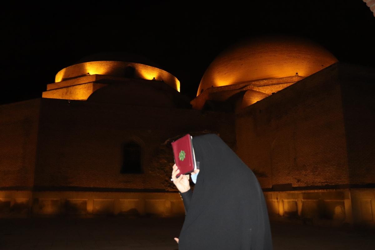 سومین شب قدر در مسجد کبود تبریز