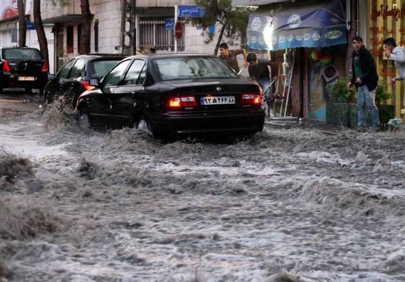 تداوم رگبار باران و رعد و برق در ۱۳ استان کشور