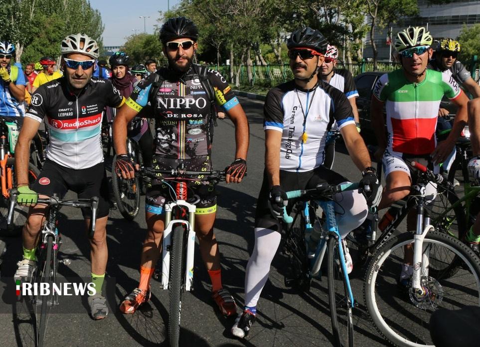 همایش دوچرخه سواری در تبریز