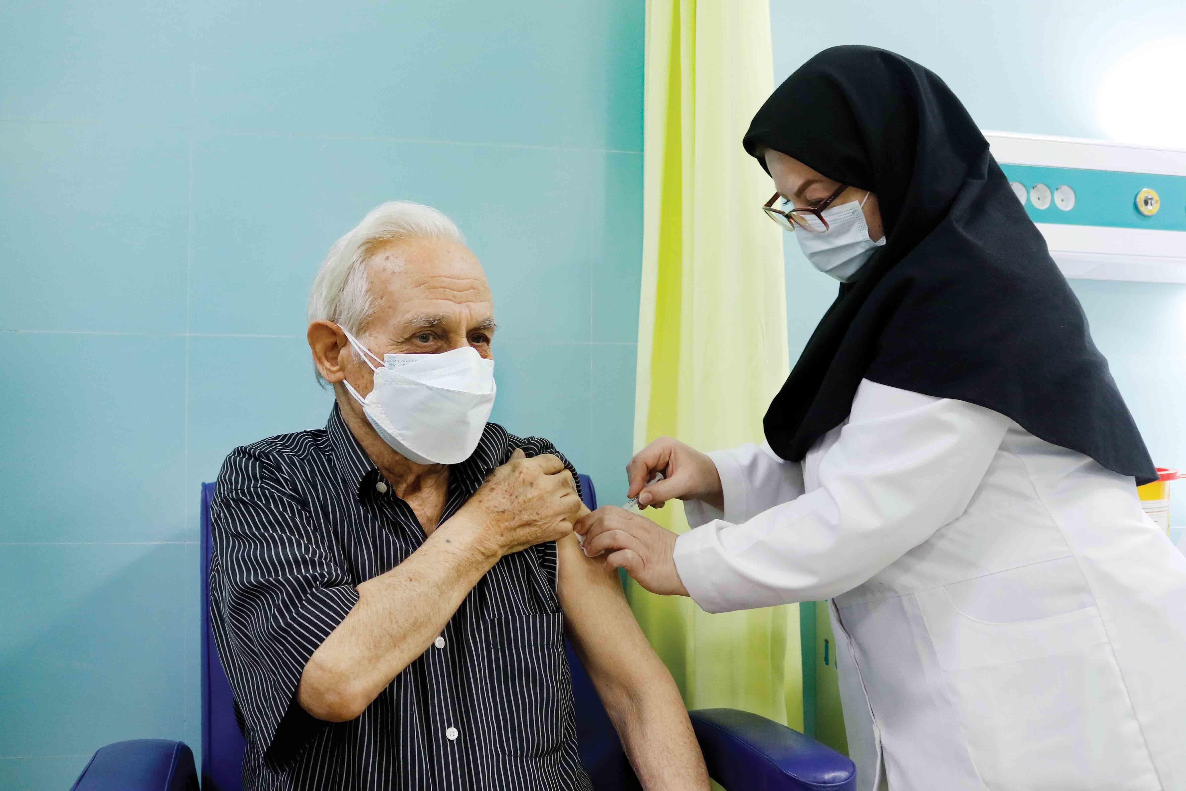 واکسیناسیون ۷۰ درصد افراد بالای ۷۰ سال آذربایجان شرقی