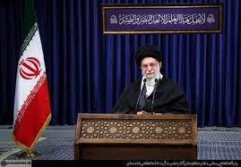 هشدار رهبری  به شورای نگهبان، علی لاریجانی را به انتخابات ۱۴۰۰ بازمیگرداند؟