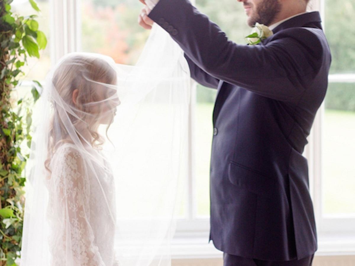 ازدواج دختران کم سن برای فرار از فلاکت
