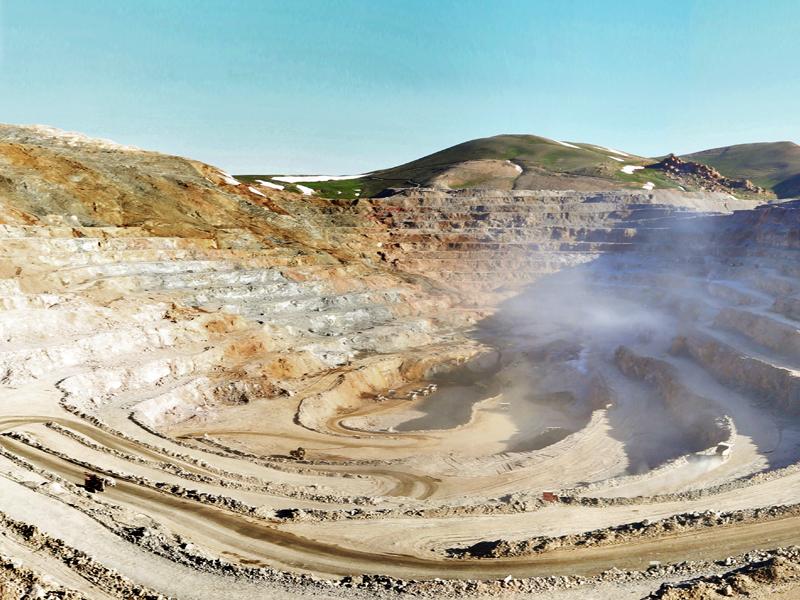 رشد ۳۱ درصدی صدور پروانه اکتشاف معادن در آذربایجان شرقی