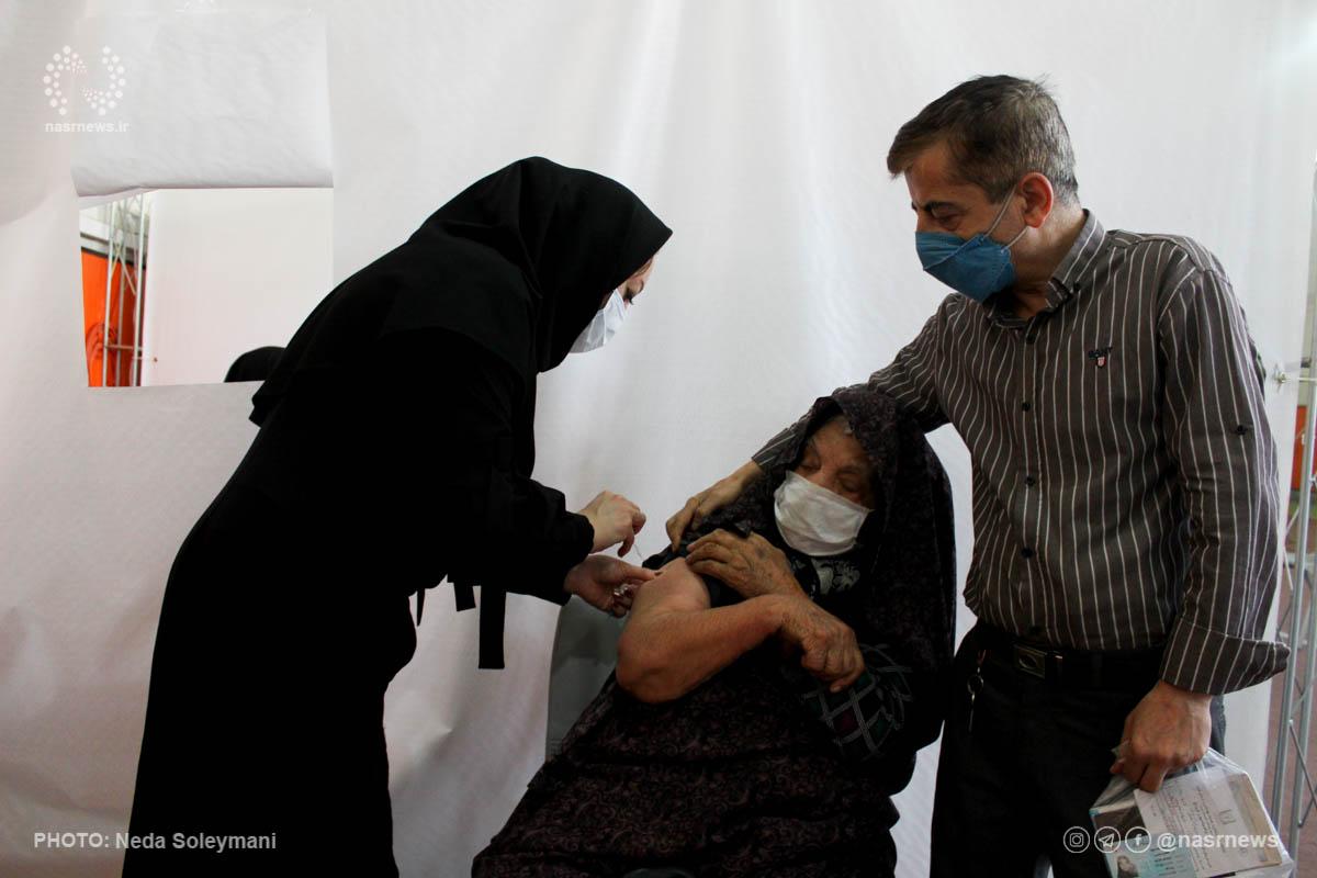 ۷۰ درصد گروه های هدف در کشور به مراکز واکسیناسیون مراجعه کرده اند